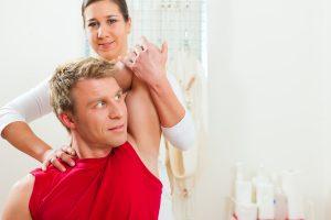 Bild på behandling av patient med rygg & nackbesvär